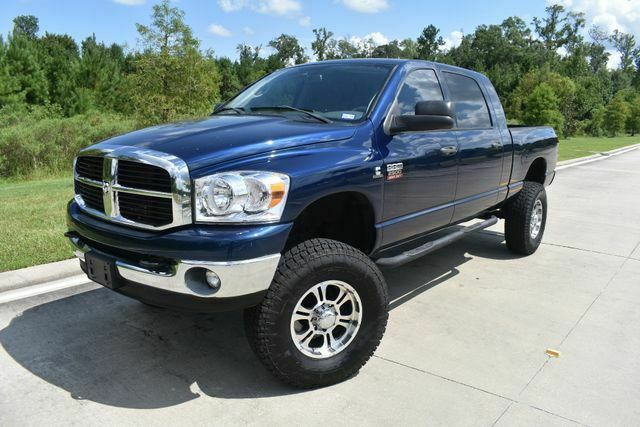 very nice 2008 Dodge Ram 2500 SLT lifted for sale