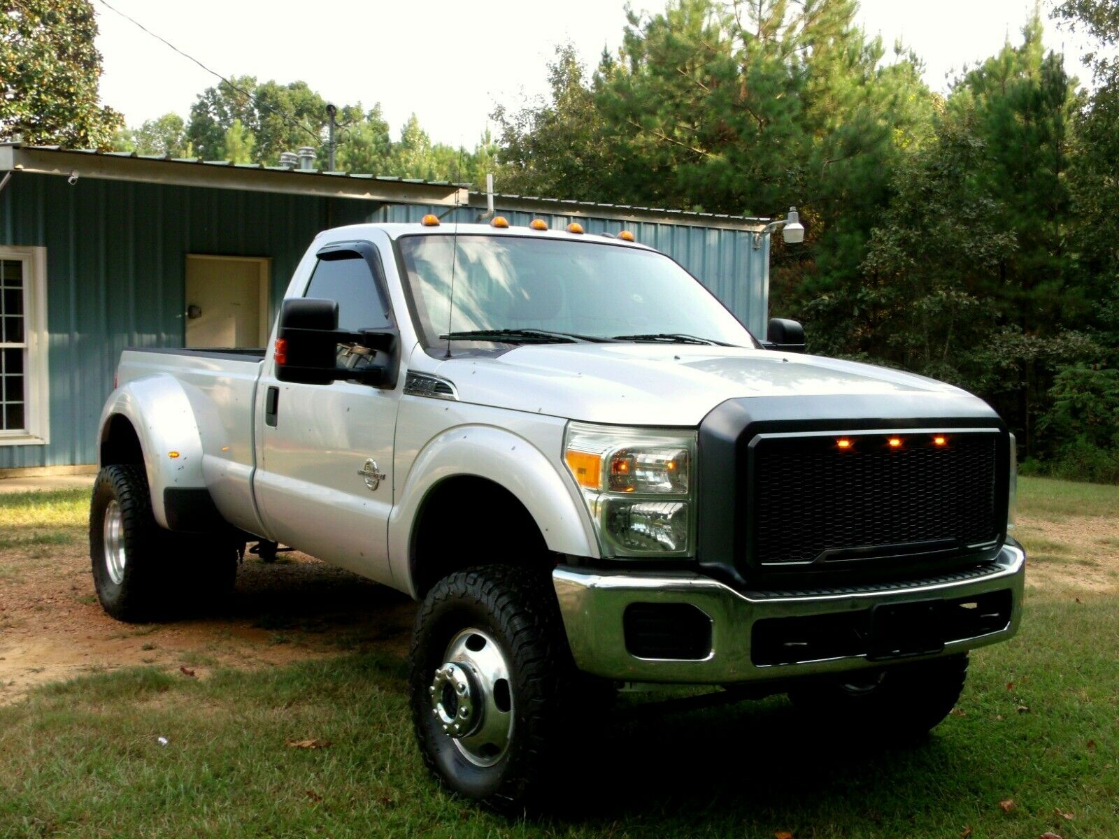 strong running 2011 Ford F 350 Super Duty lifted