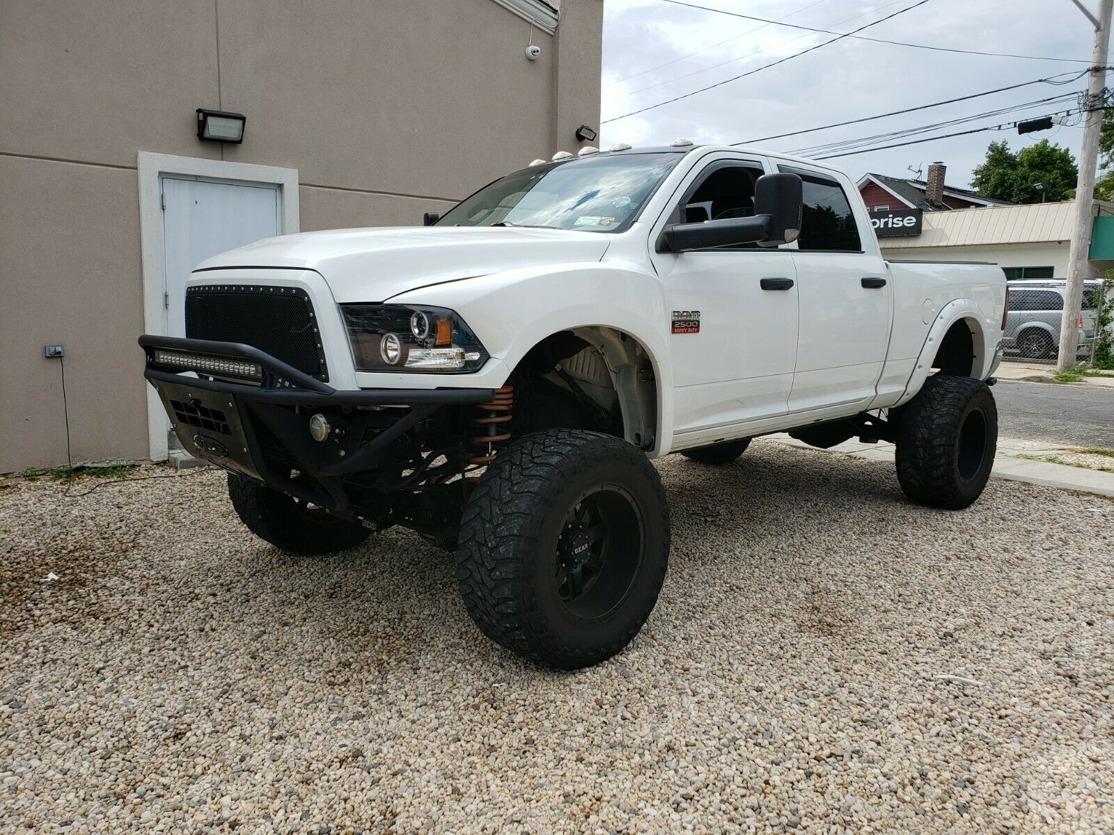 upgraded 2012 Dodge Ram 2500 lifted