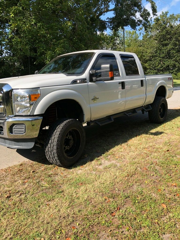 great running 2014 Ford F 250 Xlt lifted