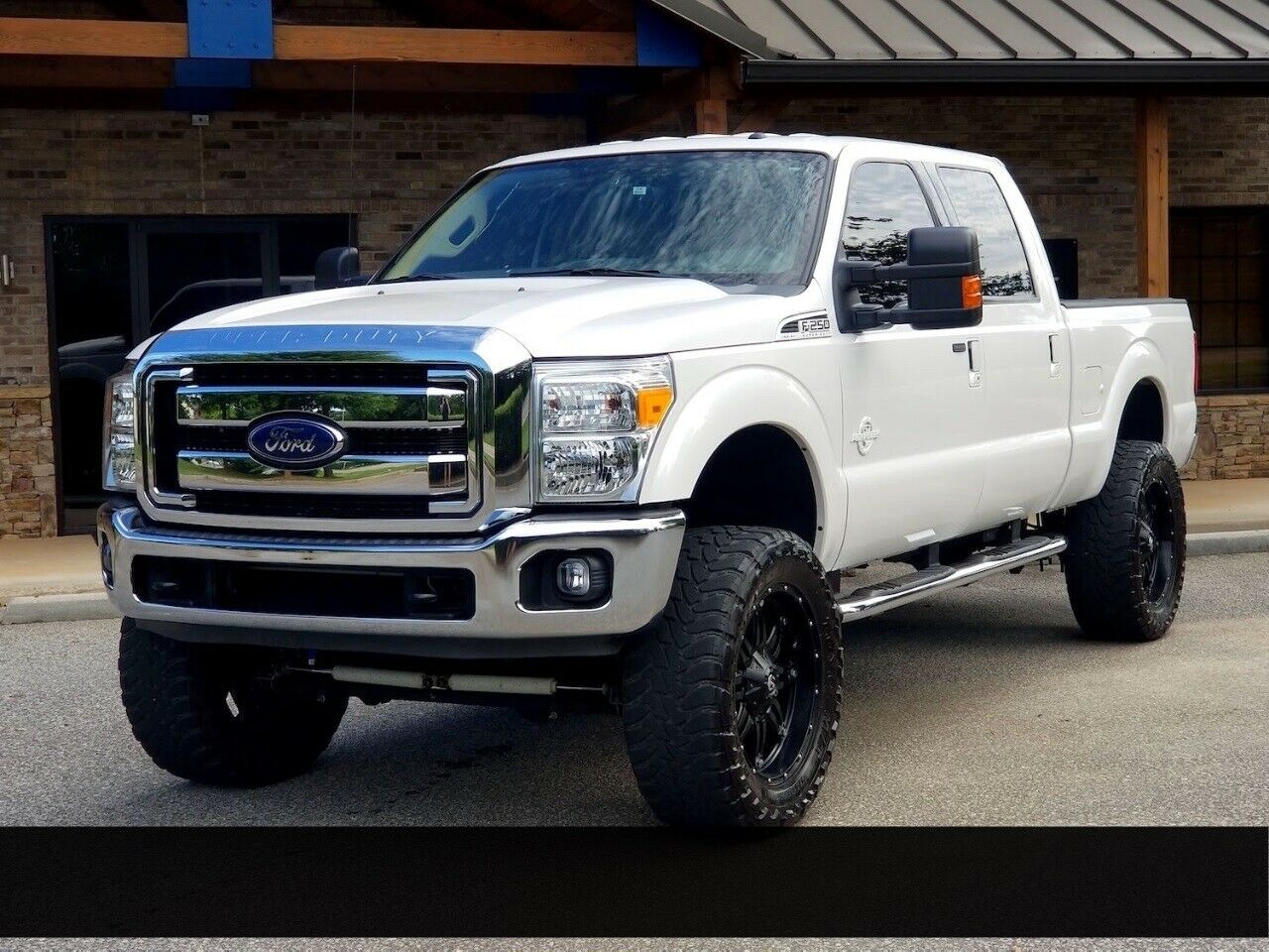 low miles 2015 Ford F 250 XLT lifted