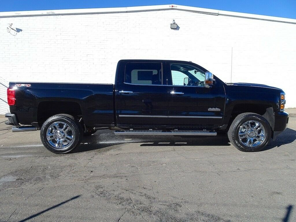 super clean 2019 Chevrolet Silverado 2500 High Country lifted