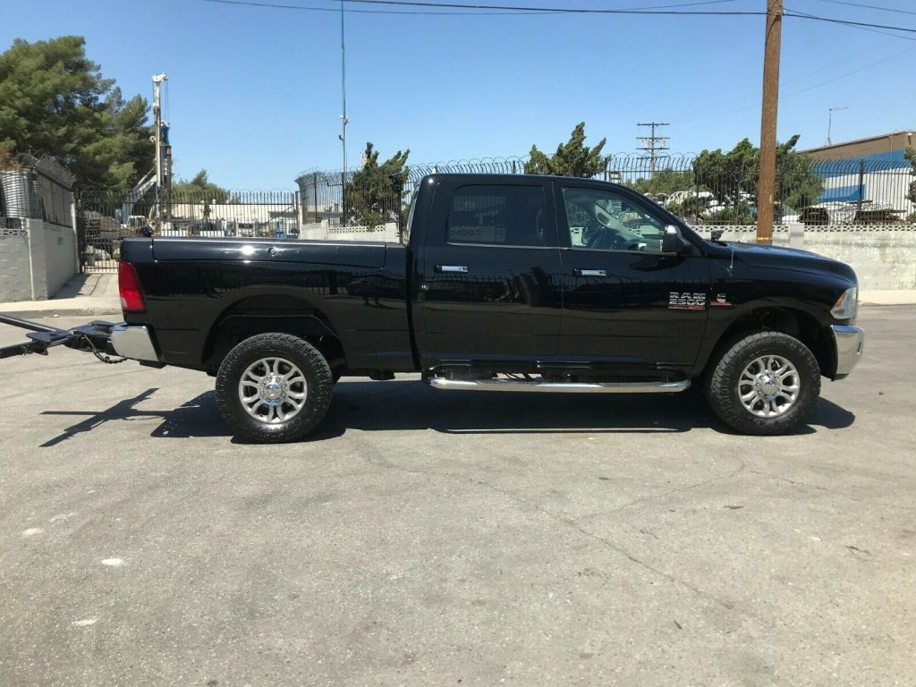 well equipped 2014 Dodge RAM 2500 TOW TRUCK lifted