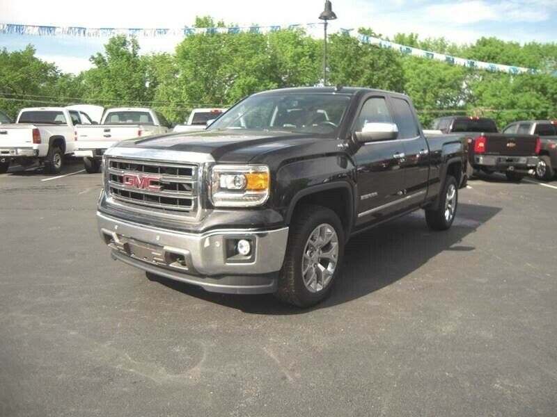 well equipped 2014 GMC Sierra 1500 SLT lifted