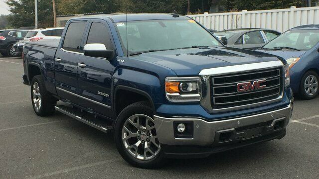 well equipped 2015 GMC Sierra 1500 SLT lifted