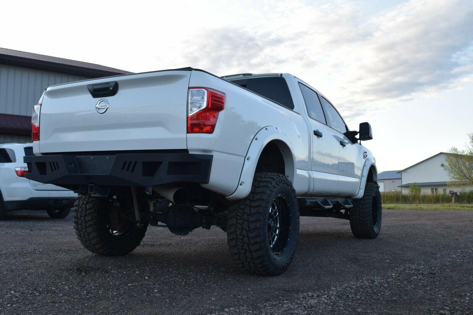 well modified 2016 Nissan Titan Pro4X lifted