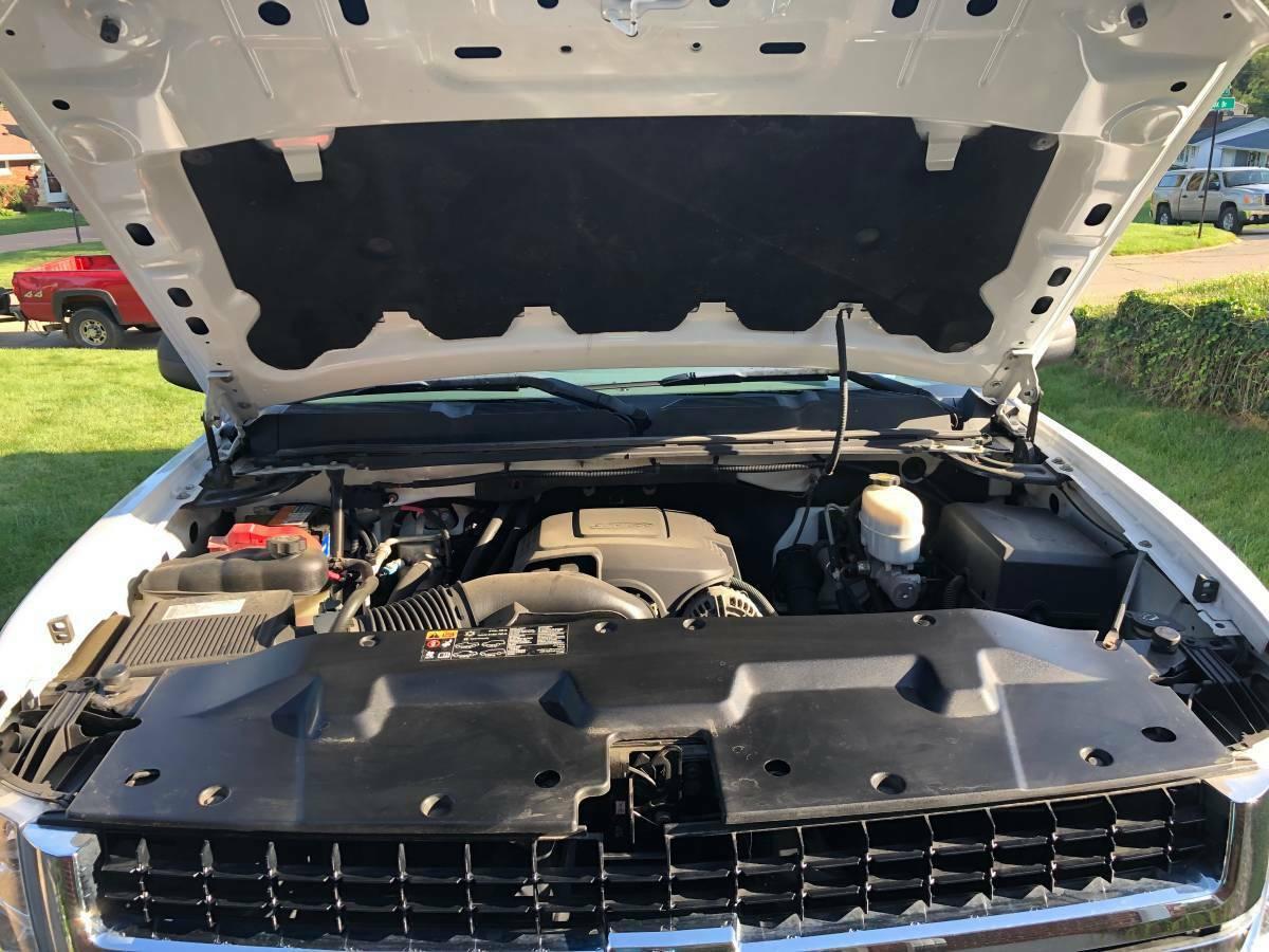 garage queen 2009 Chevrolet Silverado 2500 lifted