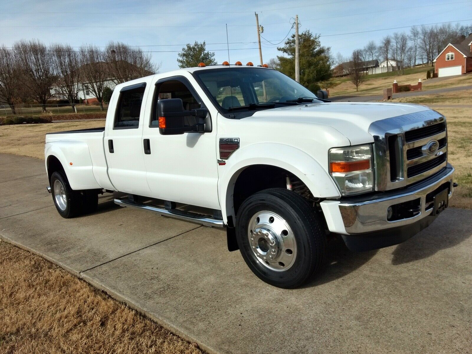 well equipped 2008 Ford F 450 Lariat lifted for sale