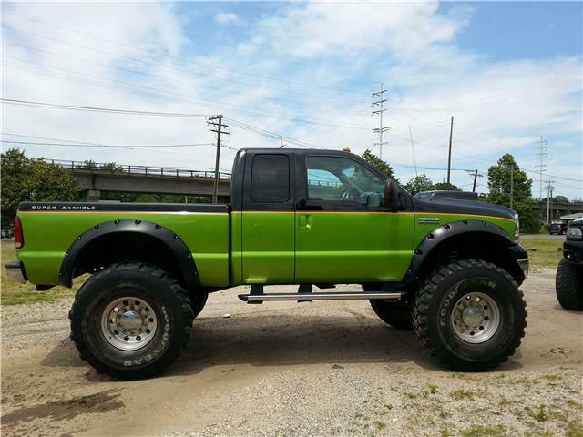 well modified 2006 Ford F 250 XL lifted