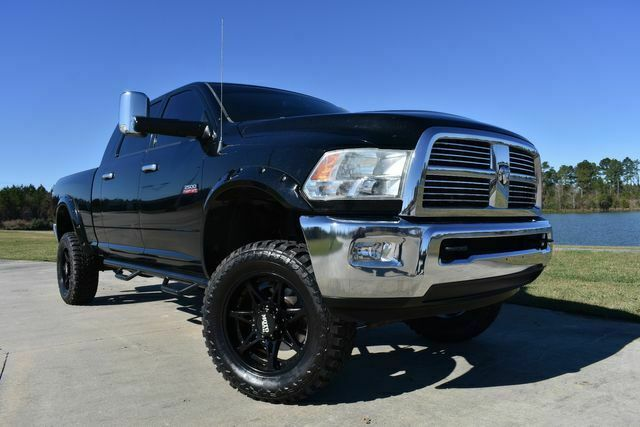 well optioned 2012 Ram 2500 Laramie lifted
