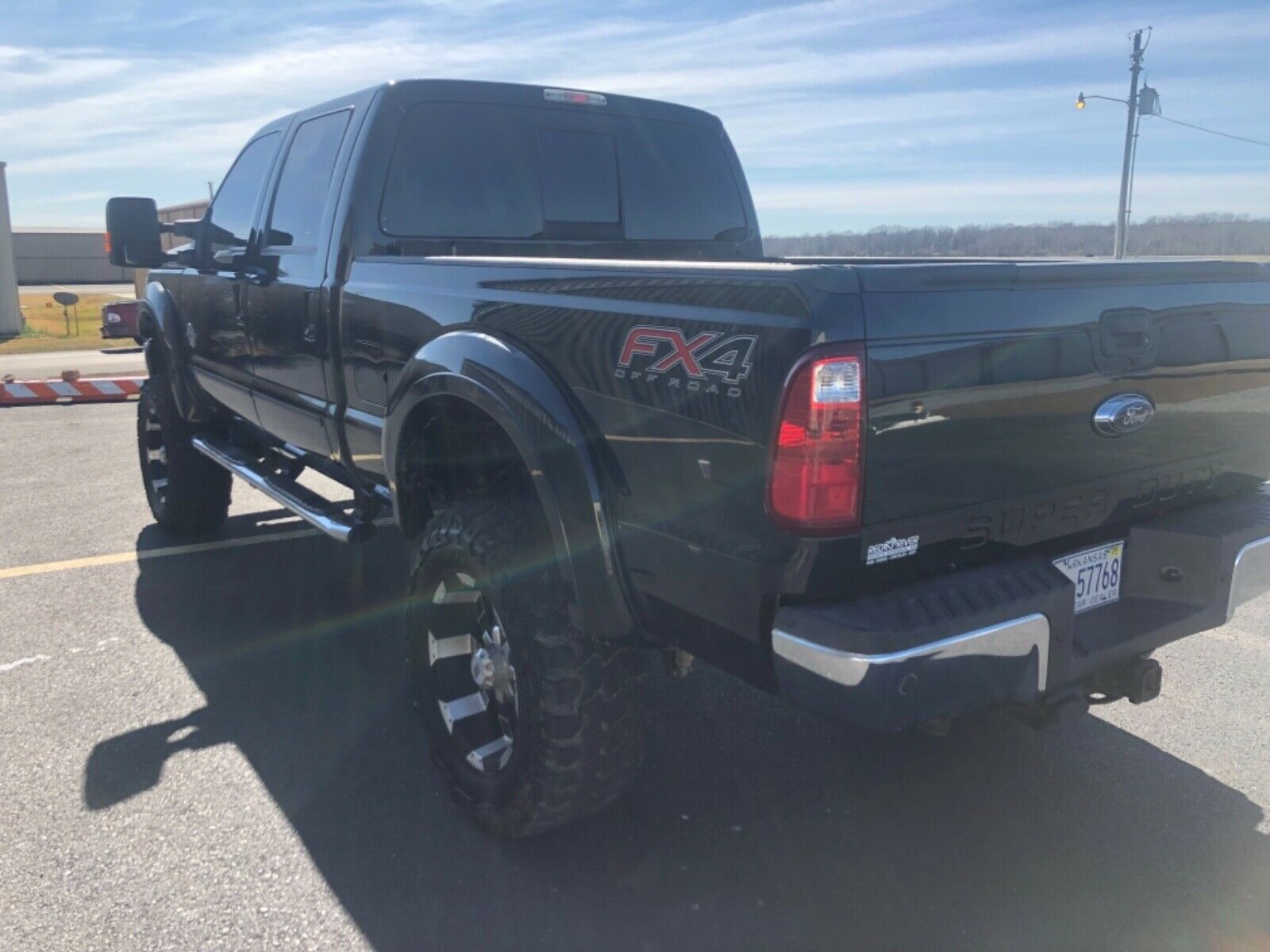 fully loaded 2015 Ford F 350 Lariat 4×4 lifted
