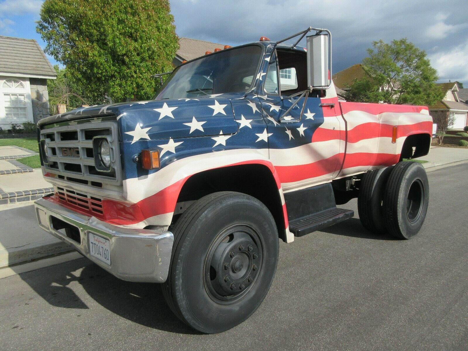 modified 1979 GMC C7000 lifted