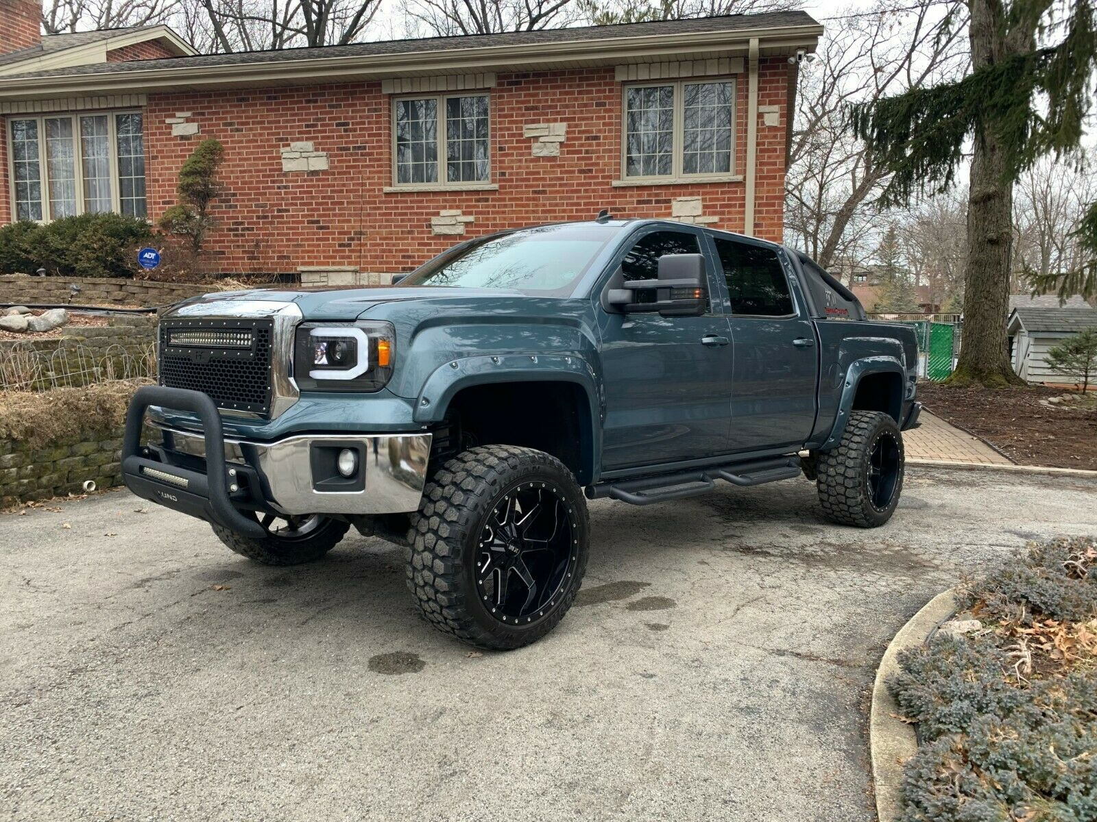 top shape 2014 GMC Sierra 1500 lifted for sale