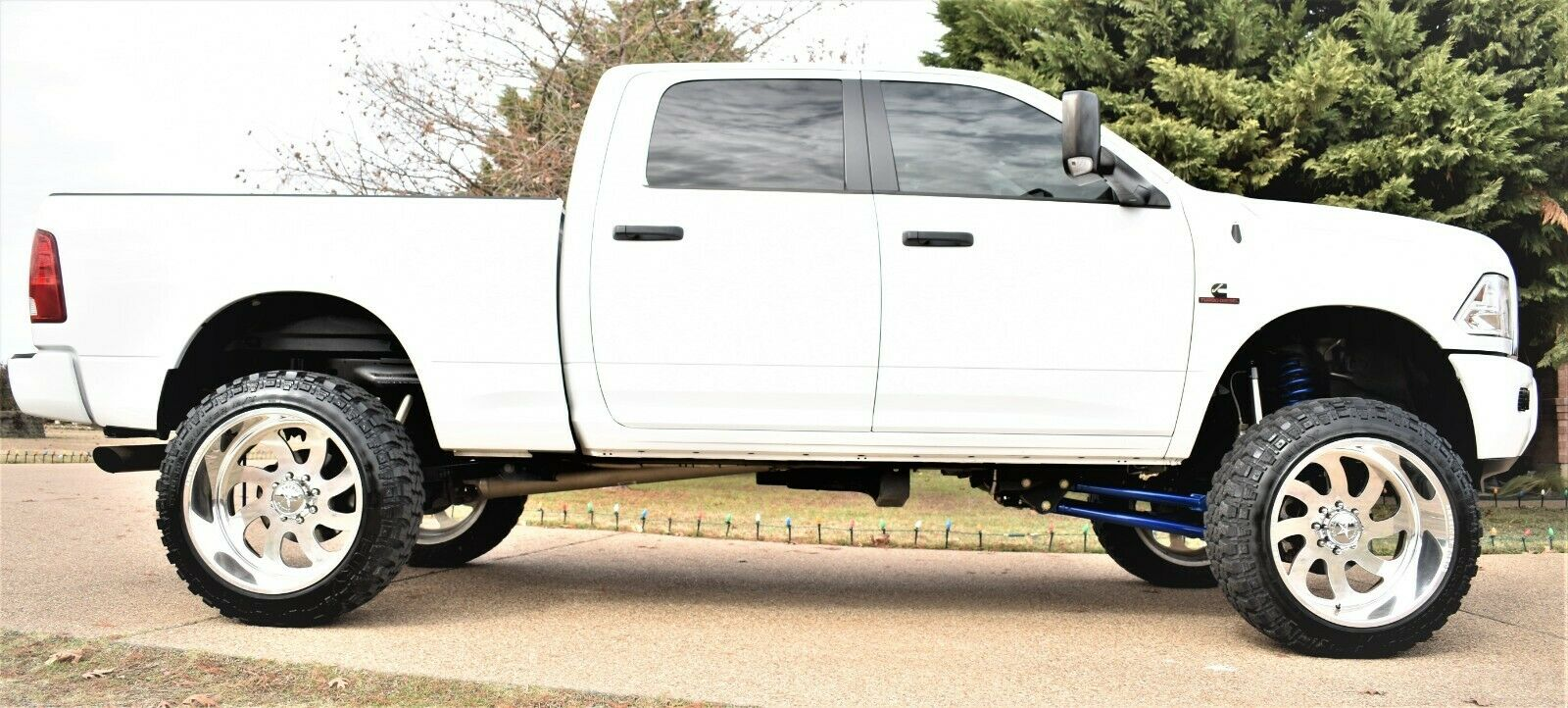 very clean 2016 Dodge Ram 2500 lifted