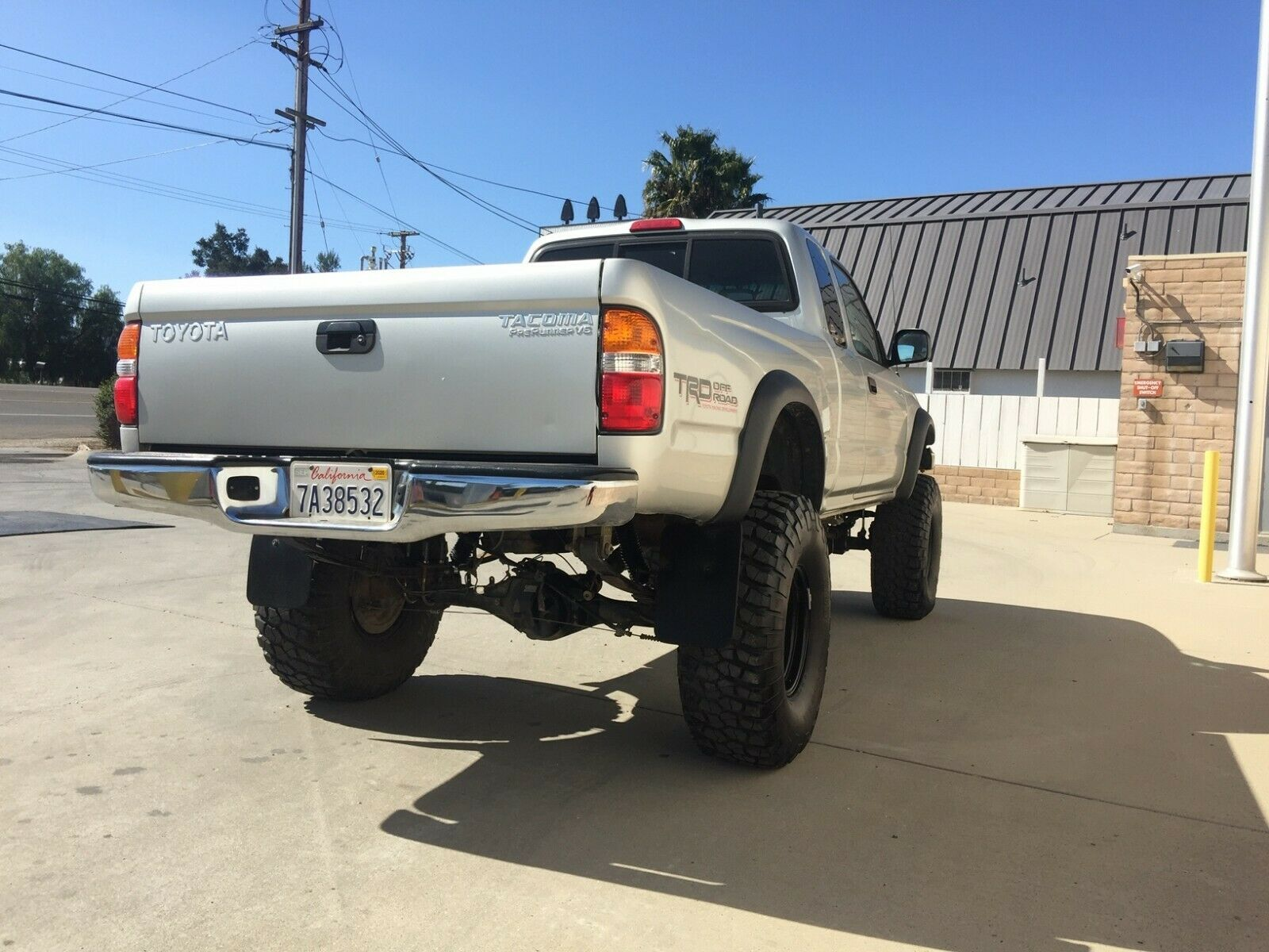 converted 2003 Toyota Tacoma lifted