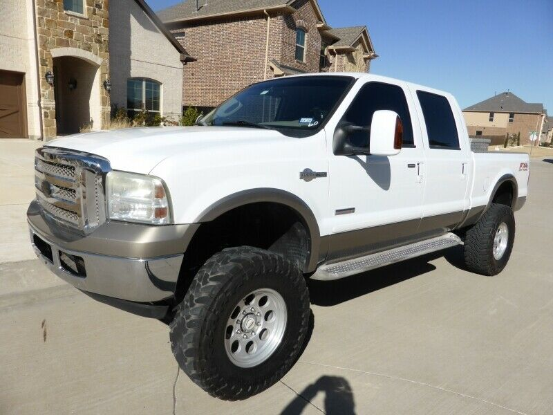 custom wheels 2006 Ford F 250 Crew Cab 156 King Ranch lifted for sale
