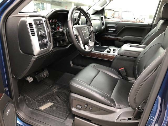 Loaded and low miles 2018 GMC Sierra SLT 1500 lifted