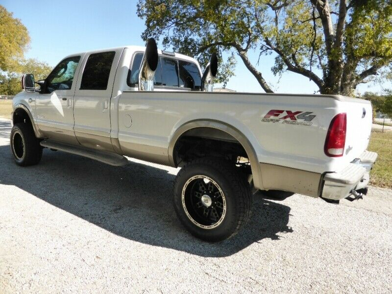 very nice 2006 Ford F 350 Crew Cab 172 King Ranch lifted