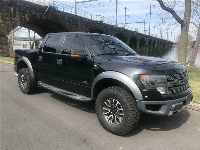 great shape 2013 Ford F 150 SVT Raptor lifted for sale