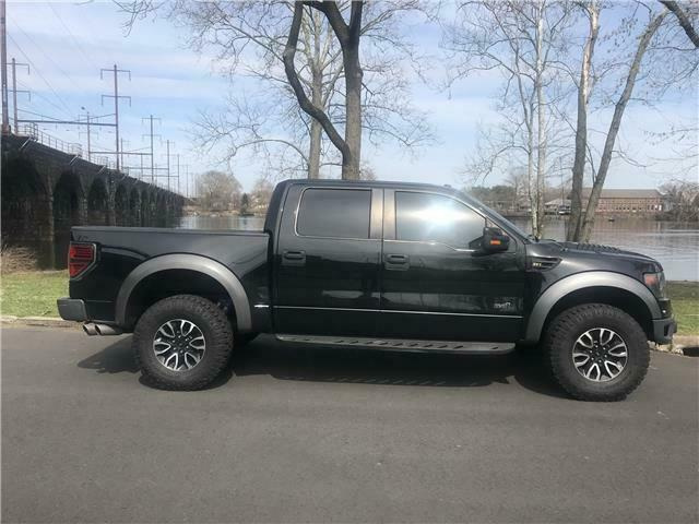 great shape 2013 Ford F 150 SVT Raptor lifted