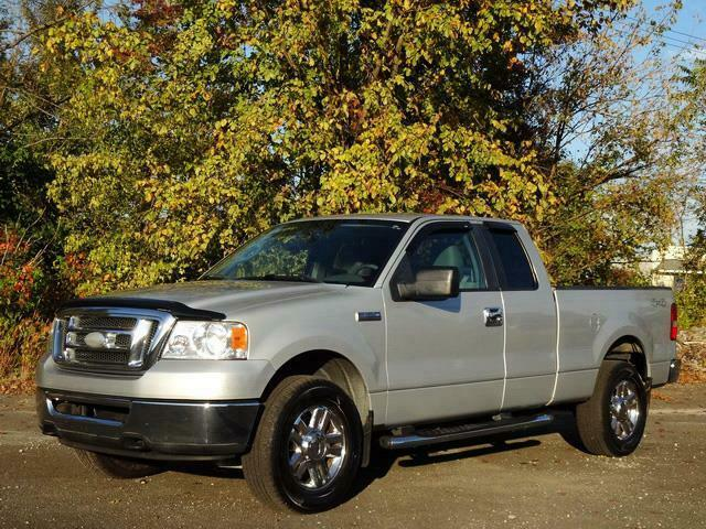 very clean 2007 Ford F 150 XLT lifted for sale