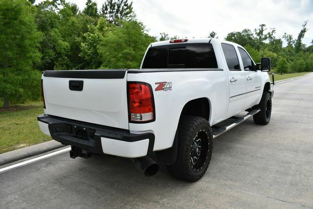 very clean 2013 GMC Sierra 2500 Denali lifted