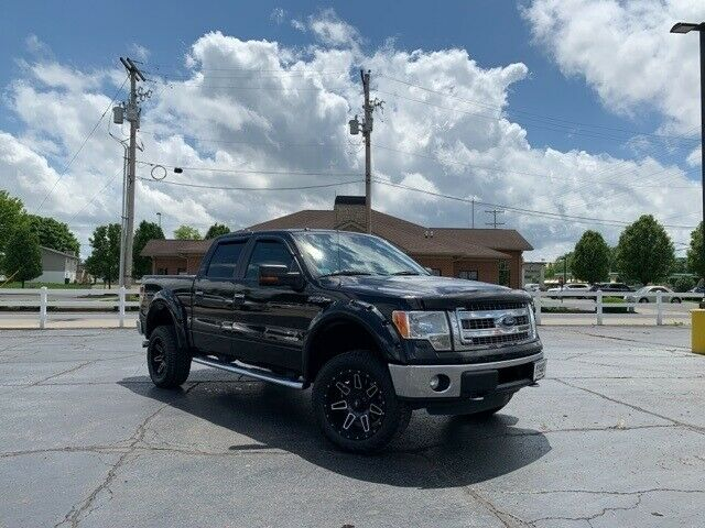 great shape 2013 Ford F 150 XLT lifted