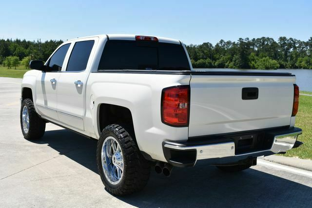 great shape 2015 Chevrolet Silverado 1500 LTZ Z71 lifted