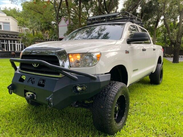 Impeccable 2008 Toyota Tundra lifted for sale
