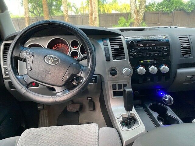 Impeccable 2008 Toyota Tundra lifted