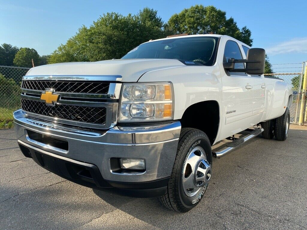 loaded 2014 Chevrolet Silverado 3500 LTZ lifted for sale