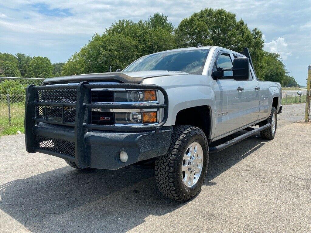 loaded 2015 Chevrolet Silverado 3500 LT lifted