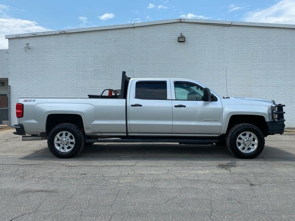 loaded 2015 Chevrolet Silverado 3500 LT lifted