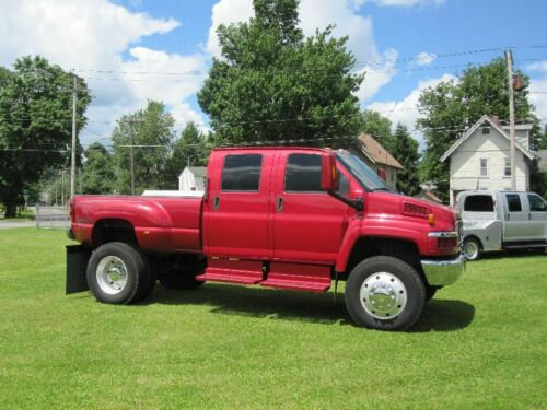 nice and clean 2005 GMC C5500 lifted for sale